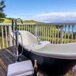 Woodside Bay Cottage, Top Romantic Getaways in NZ